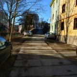 Parkování před klinikou 2